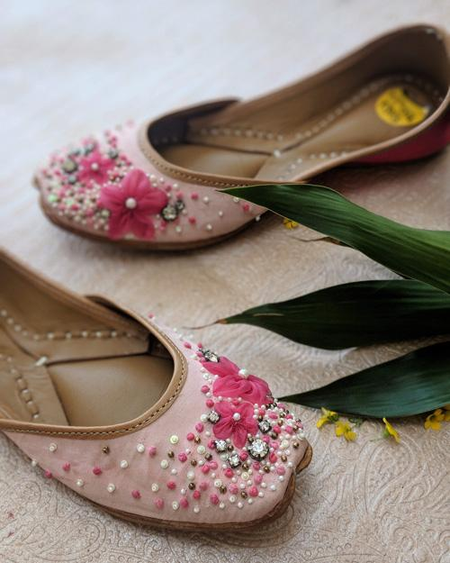Tinsel Toes - Festive, Wedding and Bridal Trends