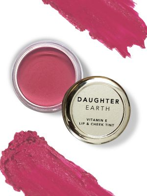 Valentine's Day 2021 : 9 Homegrown Beauty Products To Slay Your Glam Looks - Daughter Earth