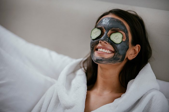 Why Overnight Sleeping Masks Are The Secret To Glowing Skincare and Beauty Routine - Enn's Closet